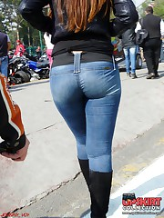 Sexy tight jeans butts shot on pics