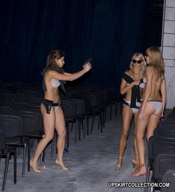 Candid bikini beach gallery 429