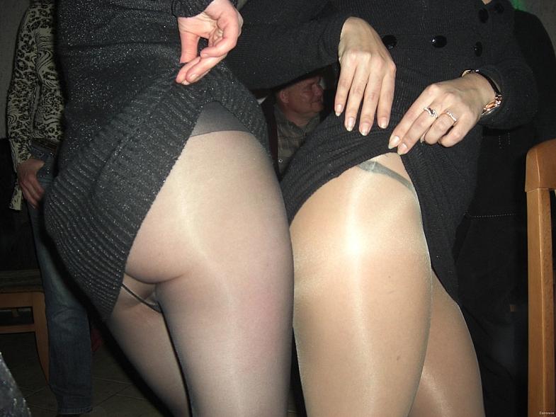 porno-polnie-nozhki-v-kolgotkah