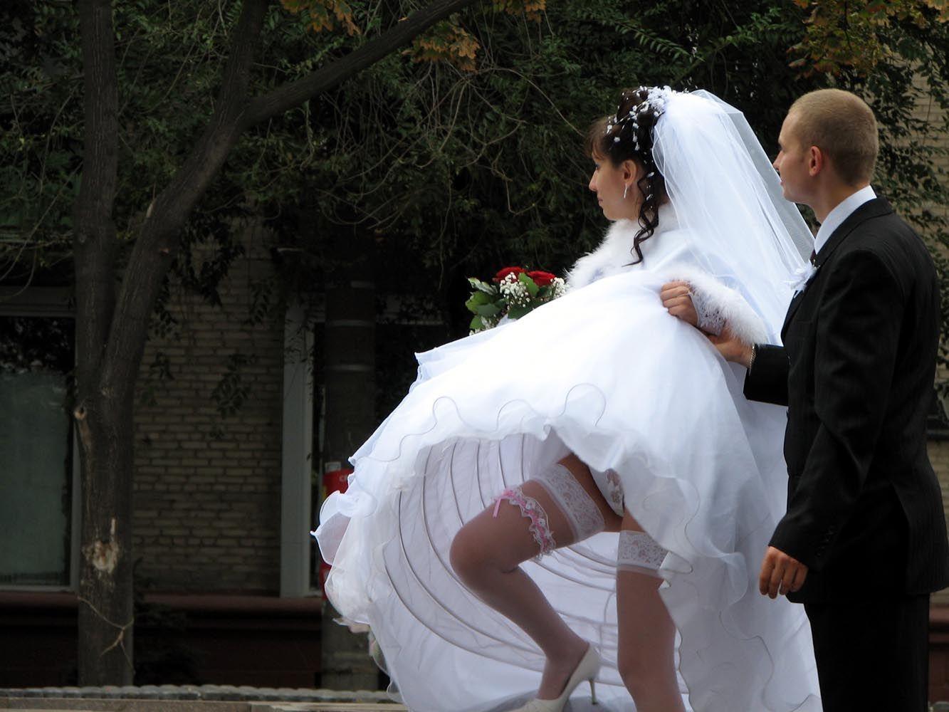 Смотреть голых пьяных невест на свадьбе в курске бесплатно фото 9 фотография