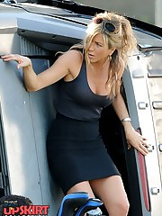 Jennifer Aniston upskirt pictures celebrity upskirt